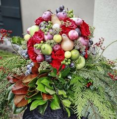 Christmas Planter with roses,apples, pears and limes