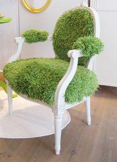 Finally a use for green shag carpet. Gustavian side chair upholstered in shag carpet. Lawn Chairs, Outdoor Chairs, Cool Chairs, Side Chairs, Soccer Room, Soccer Theme, Muebles Art Deco, Shag Carpet, Beige Carpet