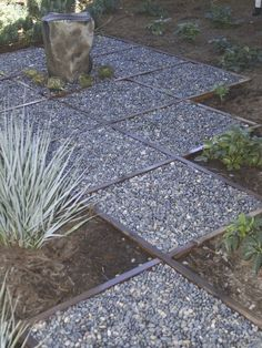 Inexpensive Walkways and Paths | Cheap Backyard Walkway Ideas | Garden Guides