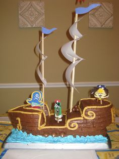 Vivienne!! It reminds me of all the ships you've made! : )  Wouldn't this be great for Gavin's birthday?
