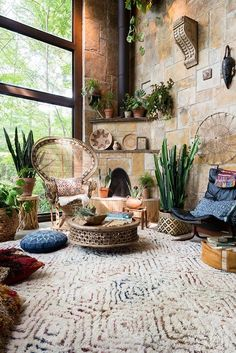Fall is officially here! Bring a new vibe to your space with over 25,000 rug styles to choose from and savings as high as 60% off.