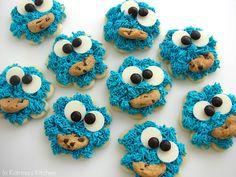 Good Frosting Recipe !!!        Cookie Monster Cookies from @KatrinasKitchen at www.inkatrinaskitchen.com