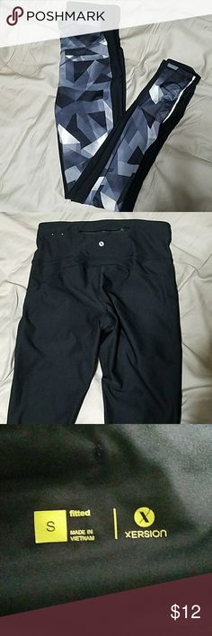 Xersion compression legging with pocket Pattern on front, black back. Full length, bunching at bottom on me (I'm 5'3) zip pocket on back. Lightly worn jcpenney Pants Leggings