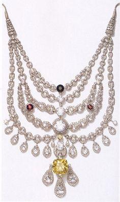 Billionaire Club / karen cox. The Glamorous Life. The infamous Patiala Necklace by Cartier
