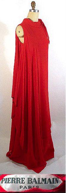 1970s Pierre Balmain silk gown  - Courtesy of pastperfectvintage.com