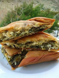 Greek Pita, Spanakopita, Greek Recipes, Cooking Time, Sandwiches, Snacks, Ethnic Recipes, Food, Pizza