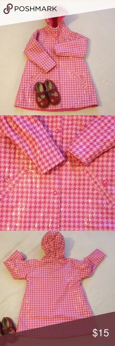 Girls pink houndstooth raincoat Pretty in pink raincoat in good condition with hood, snap front closure. Front pockets with 1 missing button on pocket, not very noticeable please view pictures. wippette kids Jackets & Coats Raincoats