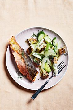 Celebrate the bounty of fresh summer produce in these family-friendly weeknight dinner recipes. Easy Salmon Recipes, Fish Recipes, Seafood Recipes, Dinner Recipes, Pan Seared Salmon, Grilled Salmon, Baked Salmon, Martha Stewart, Sesame Crusted Tuna