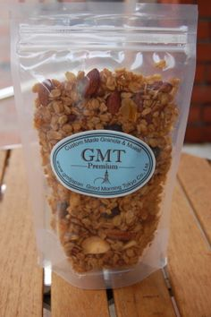 Cinnamon Apple Granola -Good Morning Tokyo