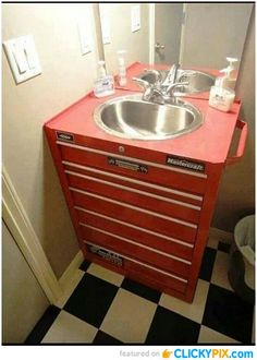 24 Amazing DIY Ideas. Good idea for a man's bathroom!