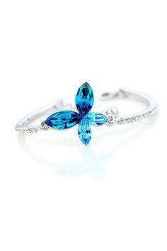 Blue Sapphire Butterfly Woman Bangle Bracelet.  #butterfly #kelebek #fly #papillon #Schmetterling #mariposa #farfalla