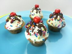 MINI ICE CREAM COOKIE CUPS (How to) - YouTube