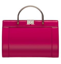 Giorgio Armani presents an amazing collection of bags for fall/winter season including handbags, clutches, and shoulder bags in amazing colors. Trendy Handbags, Beautiful Handbags, Giorgio Armani, Luggage Bags, Clutch Bag, Fall Winter, Louis Vuitton, Binky, Shoulder Bag