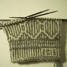Twined mitten in progress by Asplund, via Flickr