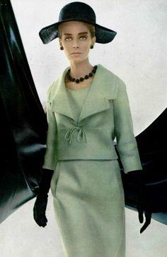 1964 - Yves Saint Laurent ensemble