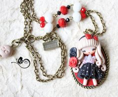 necklace with sailor in polymer clay, totally handmade without molds. doll measures about 1,77 cm, chain 27.58in.   thank you for visit! =) made