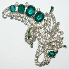 Trifari Emerald Green Rhinestone Floral  Enamel Bracelet Pin Set 1940