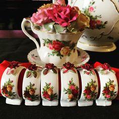 Pin Pics, China Patterns, Royal Doulton, Royal Albert, Home Decor Kitchen, Fine China, Detective, Linens, Tea Time