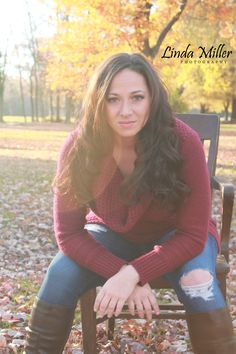 Linda Miller Photography www.lindamillerphotography.com Styled session, model session, natural lighting, fall, evening, sunset, chair, what to wear, pose ideas, prop ideas, fort hunt park