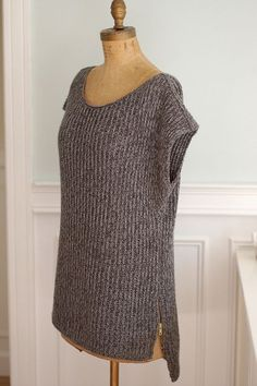 Love this - Mimic by YOTH. Free pattern on Ravelry.