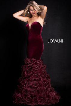 09069ef30fbe0 20 Best Black Prom Dresses 2018 images | Evening gowns, Formal ...