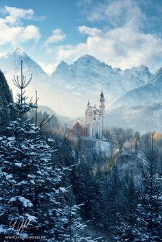 ~~Winter Fairytale | Neuschwanstein Castle, the castle Disney used as a model for many films, Bavaria, Germany | by Stefan Hefele~~