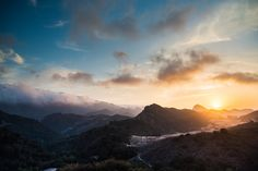 GWもあっという間に終わりましたね。5月病にならないように、LAからの癒しを毎日提供していきます!  さて、今日の一枚はこちら!マルホランド・ドライブから撮ったものです。自然がいっぱいで素敵ですねー  FlickrのKhai Bryan Tranさんの作品です。http://bit.ly/18PYJgE