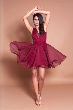 Short elegant marsala dress with veil and lace: https://missgrey.org/en/colectii/rochie-andra-bordo/306?utm_campaign=iunie&utm_medium=andra_bordo&utm_source=pinterest_produs