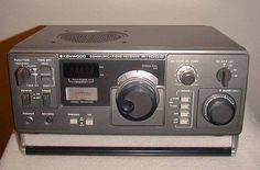 Kenwood R-1000 AM-Shortwave General Coverage Radio Receiver.