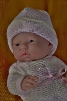 Realistické mini miminko - holčička Malenka, která přemýšlí
