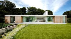 Contemporary retirement bungalow in Dorset - Grand Designs Magazine Bungalows, Contemporary Architecture, Architecture Design, Contemporary Design, Design Exterior, Single Story Homes, Grand Designs, Modern House Design, Future House