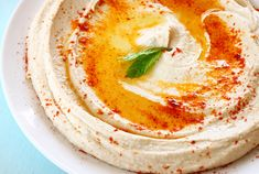 If I could, I'd eat only hummus. Only hummus. I love hummus. Make Hummus, Hummus Recipe, Nutribullet, Dip Recetas, Garlic Hummus, I Want Food, Cooking Recipes, Healthy Recipes, Vegetarian Cooking