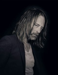 ThomYorke - Radiohead - 2015 - By Nadav Kander for Telerama Gerard Way, Colin Greenwood, Thom Yorke Radiohead, Seattle, Idol, Portraits, Keanu Reeves, My Guy, My Favorite Music