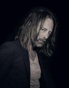 ThomYorke - Radiohead - 2015 - By Nadav Kander for Telerama Gerard Way, Great Bands, Cool Bands, Colin Greenwood, Atoms For Peace, Thom Yorke Radiohead, Seattle, Idol, Portraits