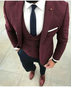 Burgundy Suits are becoming a popular choice for grooms on their wedding day and. - Chastelisa McClain - - Burgundy Suits are becoming a popular choice for grooms on their wedding day and. Mens Fashion Suits, Mens Suits, Fashion Shirts, Mode Man, Mens Flannel Shirt, Denim Shirts, Herren Outfit, Men Formal, Formal Wear