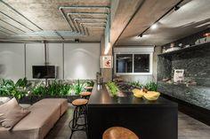 Decoração estilo loft de Estúdio dos Arquitetos / Eduardo Medeiros Arquitetura e Design + Bela Cruz Arquitetura + Studio Migliori