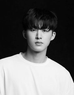 Excited for their upcomingunscheduled comebackk. lets wait. Stream MVs for now. Kim Hanbin Ikon, Ikon Kpop, Chanwoo Ikon, Yg Ikon, Eun Ji, Running Man, Ikon Members Profile, Yg Entertainment, Ikon Wallpaper