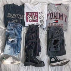 Grunge Outfits, Teen Fashion Outfits, Edgy Outfits, Outfits For Teens, Skater Outfits, Vintage Outfits, Retro Outfits, Vintage T-shirts, Looks Vintage