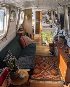 Small Space Living, Small Spaces, Living Spaces, Modern Tiny House, Tiny House Living, Barge Interior, Interior Design, Houseboat Living, Houseboat Ideas