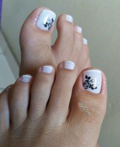 26 Ideias de Unhas Decoradas dos Pés Cute Toe Nails, Cute Toes, Toe Nail Art, Beauty Hacks, Beauty Tips, Pretty, Aurora, Art Ideas, Gold Nails