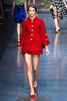 Dolce & Gabbana Spring 2014 Ready-to-Wear Fashion Show Foto Fashion, Runway Fashion, Fashion Show, Womens Fashion, Milan Fashion, London Fashion Weeks, No Rain, Creation Couture, Lady In Red