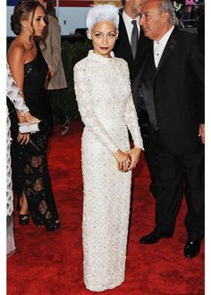 Nicole Richie / 2013 MET Gala (Not really her own gray hair but I love the look)