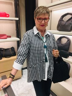We wear double necklaces just like celebrities do - Brenda Kinsel