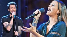 Sara Evans & Adam Levine Perform Emotional Rendition Of Stevie Nicks' 'Leather and Lace'