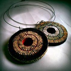 Liz Hamman Paper Jewellery, mandala necklace using Japanese lock fold technique