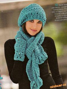 Tyrkysová čepice baret šála a rukávové štulpny..z časopisu DIANA