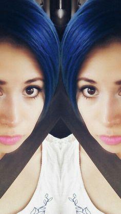 Rockabilly blue de manic panic...cabello fantasia color azul.... Blue hair.