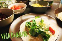Vega burrito – töltsd meg, tekerd fel, vidd magaddal! Burritos, Eve, Tacos, Mexican, Lunch, Urban, Ethnic Recipes, Food, Breakfast Burritos