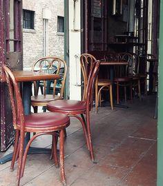 Love the cafés in #neworleans #frenchquarter by teresas.welt