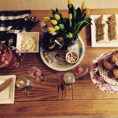 Homemade high tea for two #prosecco #teaandcakes #bakesandcakes #sandwich #scones #creamtea #homemademillionairesshortbread